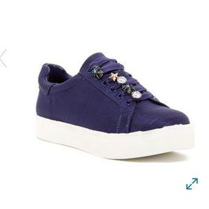 •Sam Edelman• Charm Lace Platform Sneakers